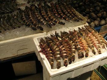 魚市場・エビ.JPG